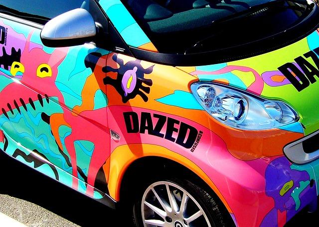 Los coches de dos colores