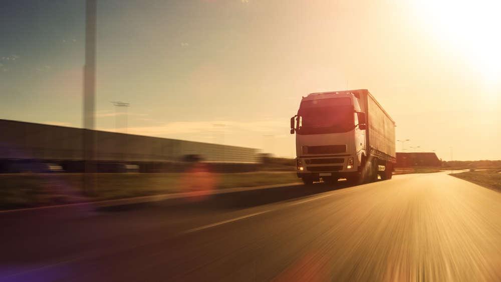 El transporte de mercancías, principal beneficiado de la tendencia del comercio electrónico