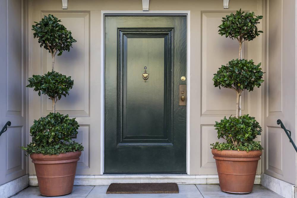 Tips de decoración para elegir las puertas y manillas de tu hogar