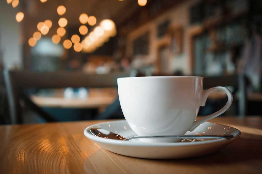 Cómo emprender con una cafetería