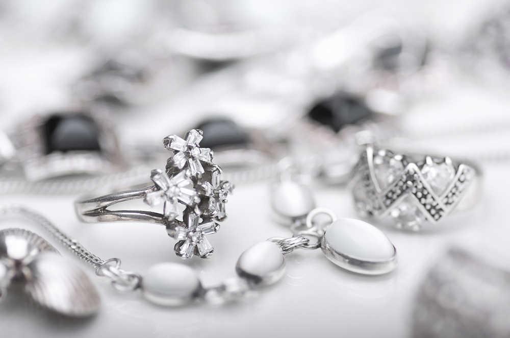 Joyas de plata: una fantástica idea para regalar en 2021